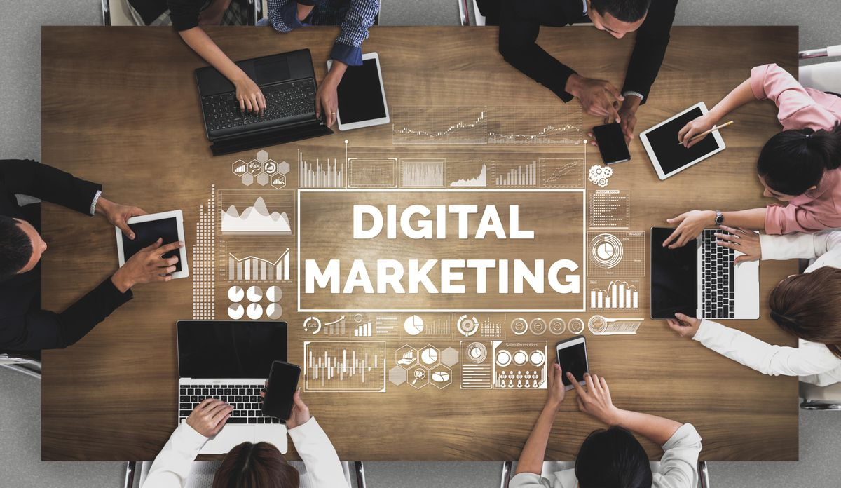 Les différences entre le marketing de réseau et le marketing numérique.
